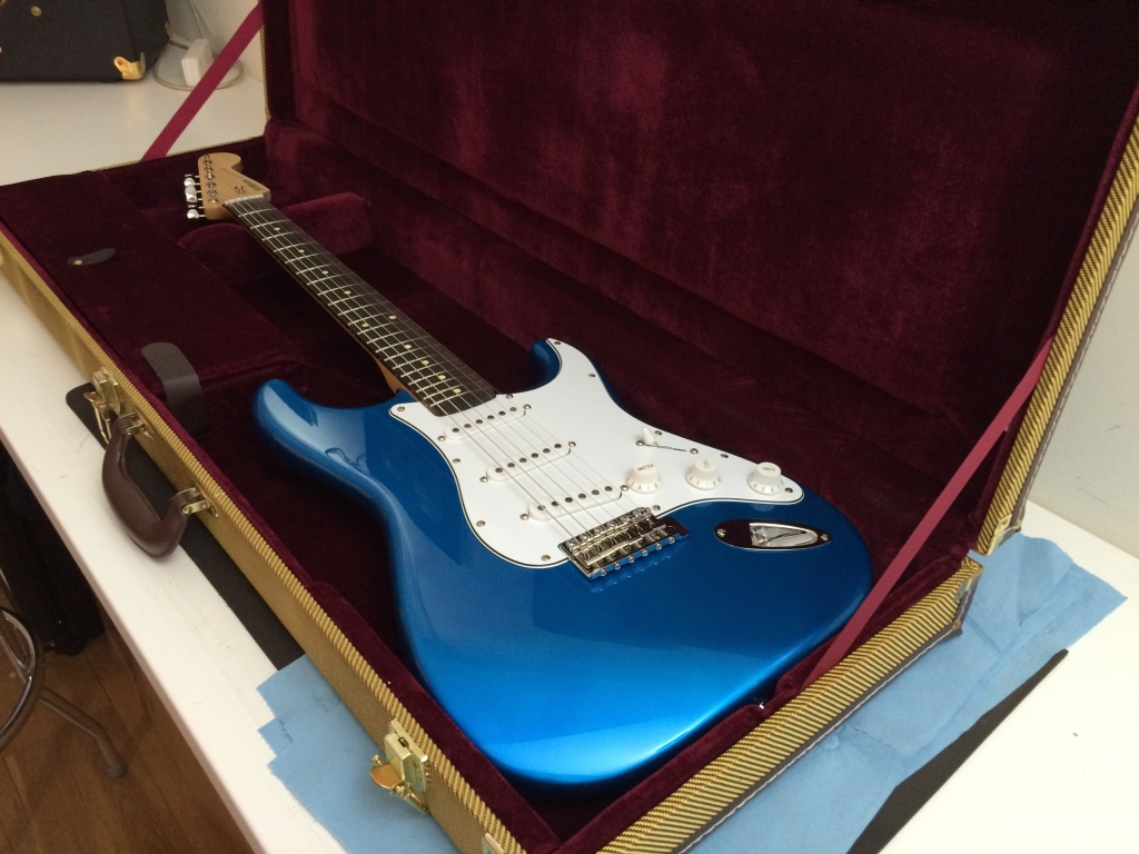 Candy Blue. Maple Rosewood V Gloss.