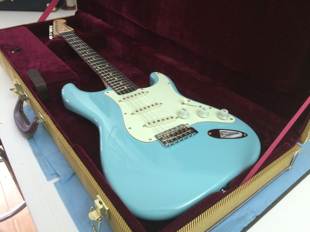 Sonic Blue. Maple Rosewood Clear Gloss