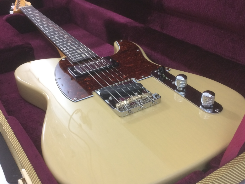 Butterscotch Blonde. Maple Rosewood Vintage gloss. H/S Tele