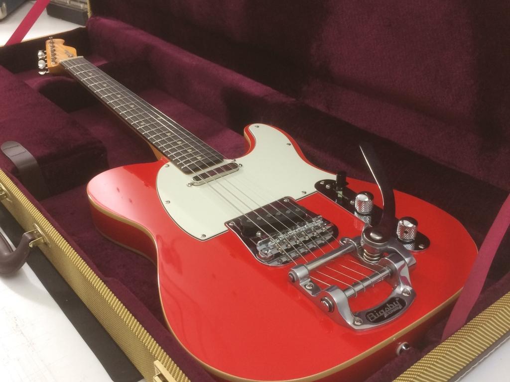 Dakota Red. Maple Rosewood vintage Gloss. Bigsby B5 Kit