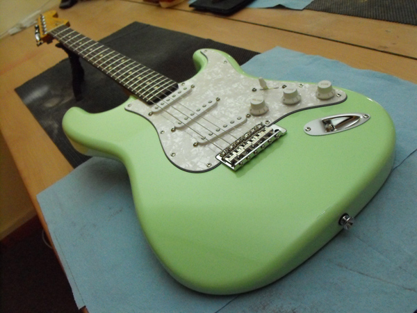 Guitar Building Courses UK